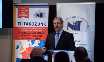 Március 21 – Az érdekképviselet és a kormány összefog a piackorlátozó intézkedések ellen