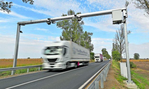 A tengelysúlymérő rendszer pontatlanságai miatt bírságoktól tartanak a közúti fuvarozók