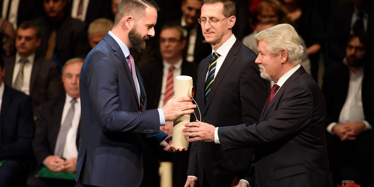Kecskeméti fuvarozó cég vezetője is Év Vállalkozója díjat vehetett át