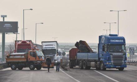 Sikeres volt a szlovák fuvarozók sztrájkja