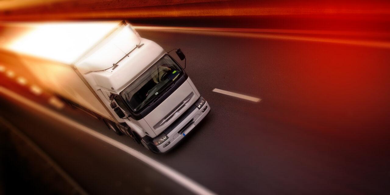 A közúti fuvarozásban is a jogkövető magyar vállalkozások védelme a legfontosabb