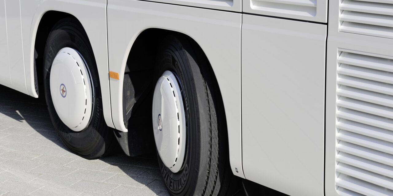 Légszennyező anyagokat elnyelő buszokat állítanak forgalomba Nagy-Britanniában
